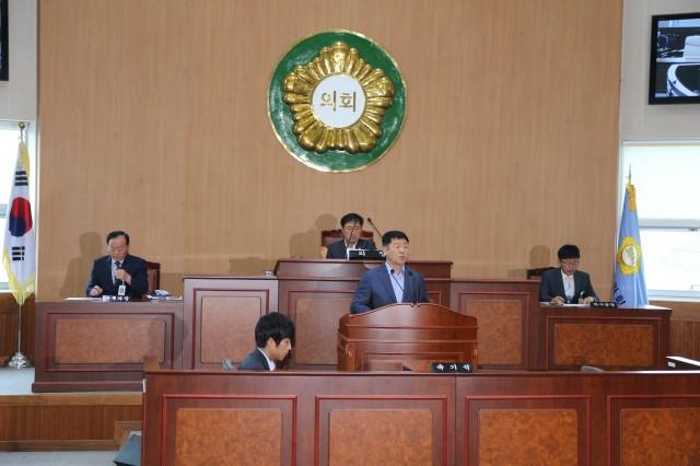 고성군의회, 고성하이화력 1,2호기 건설사업 정상추진 건의문 채택.JPG