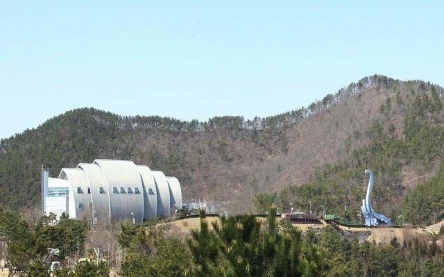 고성 상족암군립공원(공룡박물관).jpg