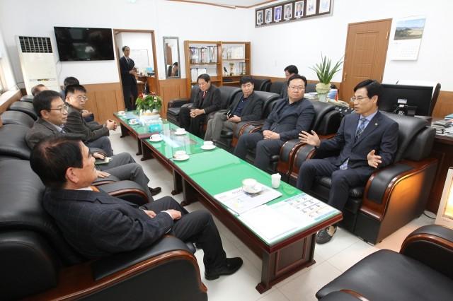 11월22일 디카시 연구소의 국제교류 벤치마킹 (2).JPG