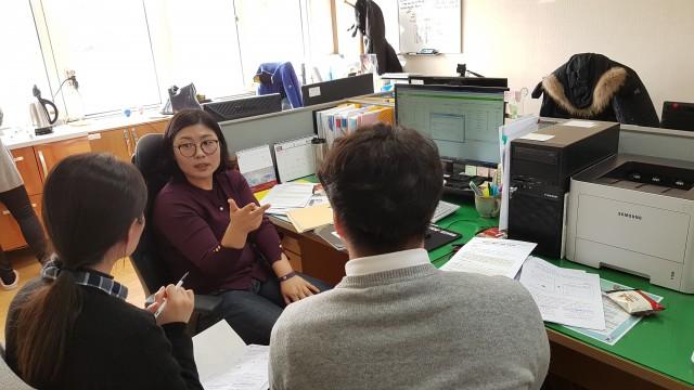사본 -고성교육지원청-2018.신규공무원 업무컨설팅 사진1.jpg