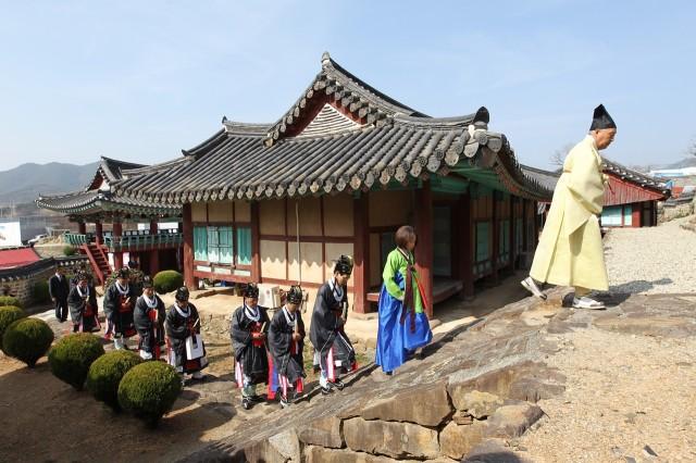 고성향교, 문묘석전 춘향제례 봉행 (1).JPG