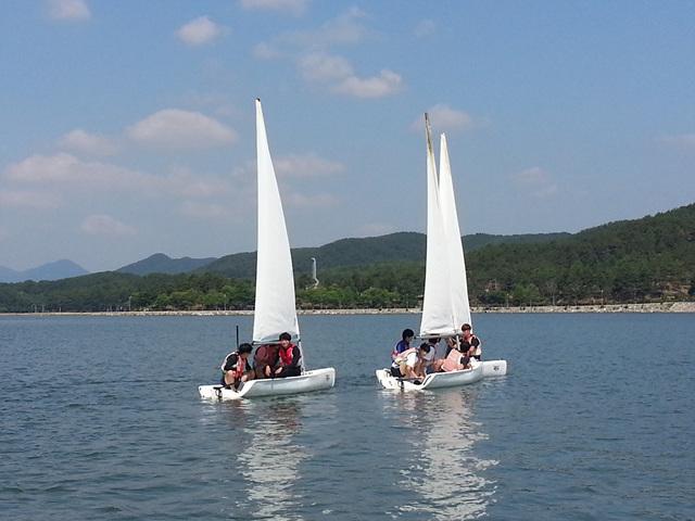 고성군 , 초·중·고 해양레포츠 무료교육은 당항포 요트앤스쿨에서 (1).jpg