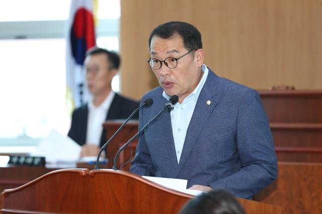 고성군의회, 제237회 임시회 제1차 본회의 (이용재의원).JPG
