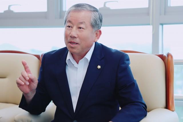 박용삼 의장.JPG
