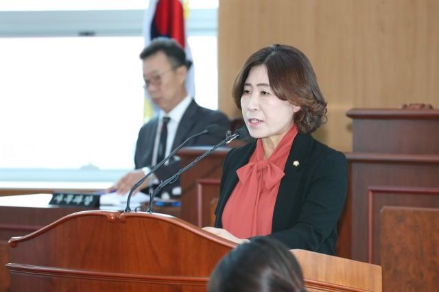 10월16일 제238회 고성군의회 임시회 (2).JPG