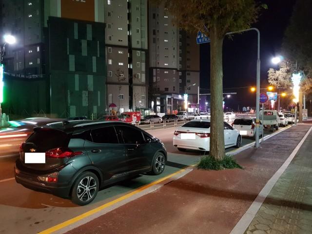 고성군, 고성읍 수남리 주변 주차난 해결 총력(코아루 인근 주차현황).jpg