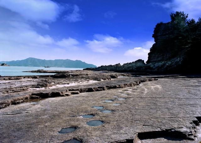 고성 상족암군립공원(공룡발자국).jpg