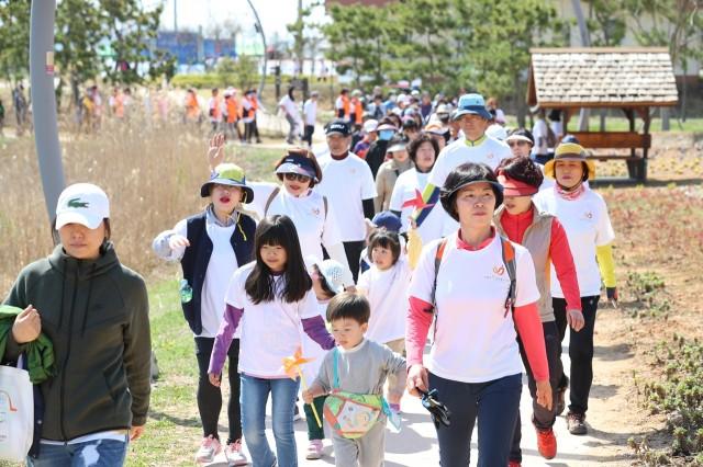 4월6일 치매극복 걷기 행사 (4).JPG