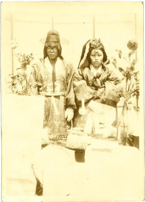 고성군, 고성지역 근현대 혼례식 자료 조사(구만면 1971년 결혼사진).jpg