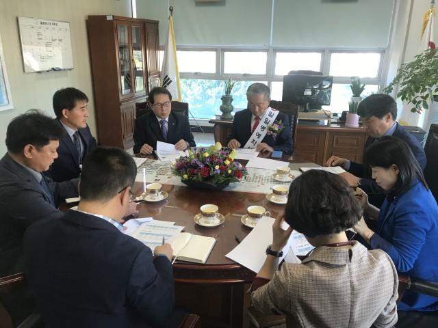 박용삼 고성군의회 의장, 건강보험공단 통영·고성지사 1일 명예 지사장 활동 (2).jpg