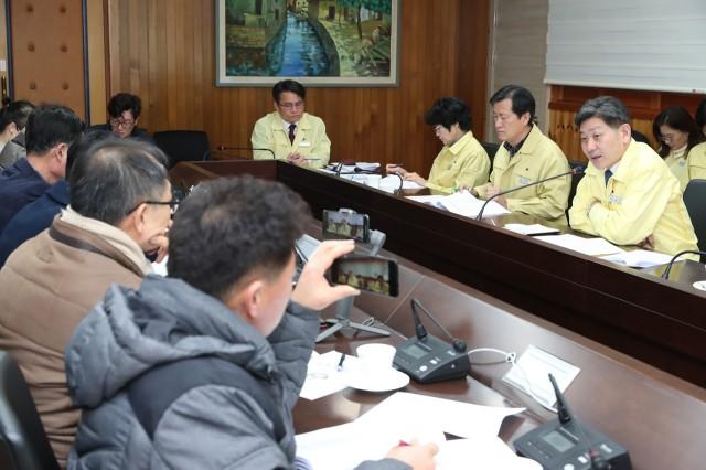 2월6일 신종 코로나바이러스 대응상황 관련 기자간담회 (1).JPG