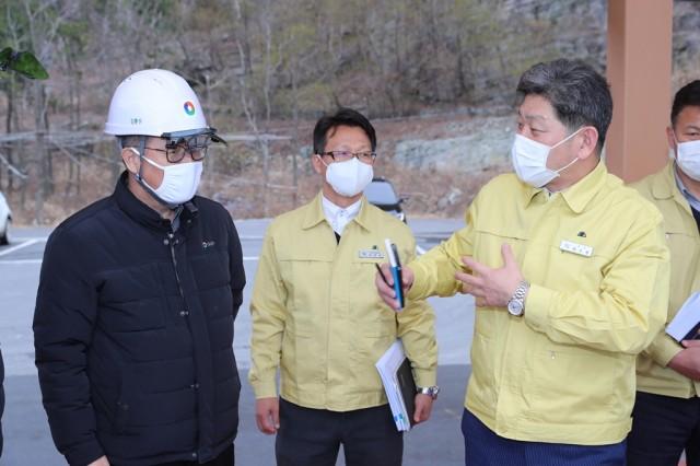 2월28일 고성하이화력 공사현장 코로나19 대비 방력 실태 확인 (5).jpg