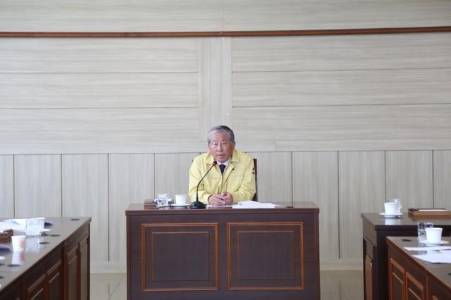 고성군의회, 코로나19 위기 함께 넘는다 '사활 건 총력 대응'(3월 25일 긴급회의) (2).jpg