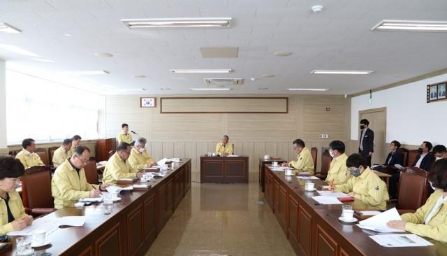 고성군의회, 코로나19 위기 함께 넘는다 '사활 건 총력 대응'(3월 25일 긴급회의) (1).jpg
