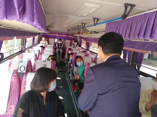 보도자료사진(마암초 통학버스 점검)-2.jpg