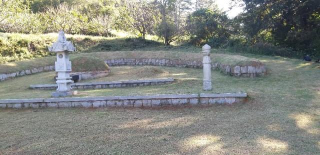 묘지관리사진2.jpg