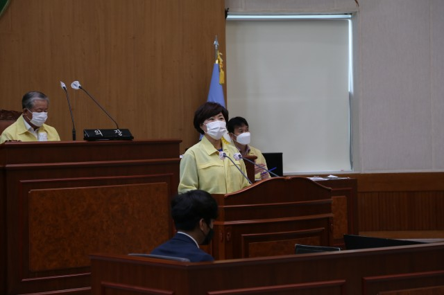 20200924보도자료(고성군의회, 제257회 임시회 폐회)(5).JPG