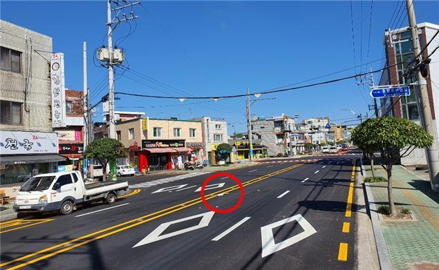 2-2 골목상권이냐 교차로 교통개선이냐-송학사거리 전경.jpg