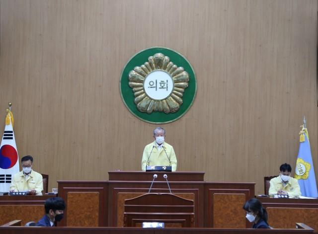 1-1 고성군의회 제258회 임시회 개최.jpg