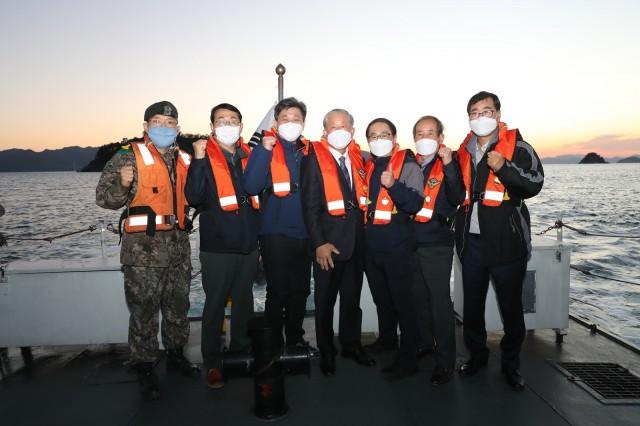 3-1 고성군 통합방위협의회 해안경계구역시찰 및 초소방문.JPG