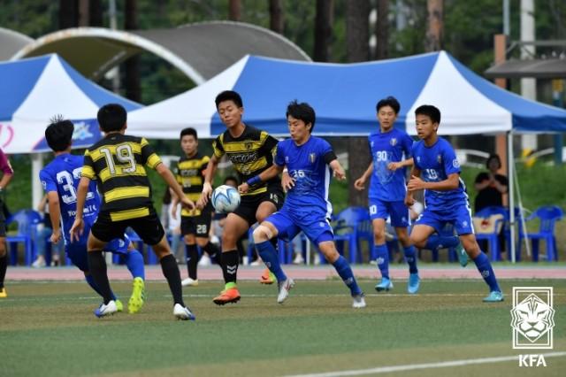 1-1 대한민국 중등 축구의 최고는 누구 중등 축구리그 왕자의 주인공 고성서 가린다.jpg