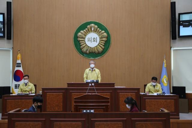 2-1 고성군의회 제2차 긴급재난지원금 지급 의결 올해 첫 임시회 마무리.JPG