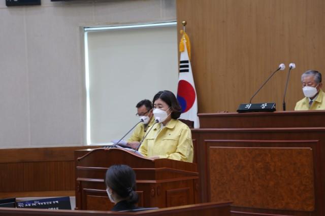 1-3 고성군의회 제261회 임시회 개회-김향숙 의원 5분 자유발언.JPG