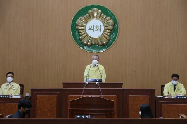 5-1 고성군의회 제265회 임시회 개회.JPG